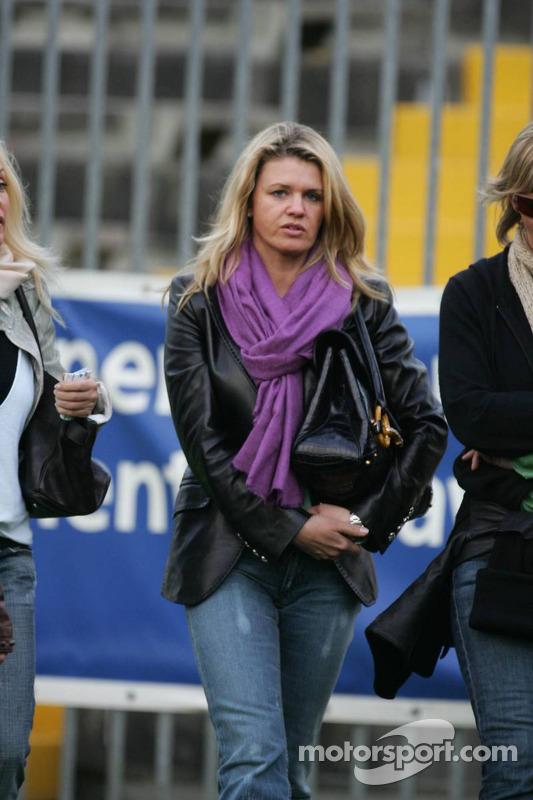 Les champions font un match de charité, Ravenna's Benelli Stadium: Corina Schumacher
