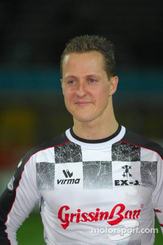 Les champions font un match de charité, Ravenna's Benelli Stadium: Michael Schumacher