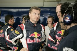 David Coulthard, race engineer Mark Hutcheson and Marco Arini