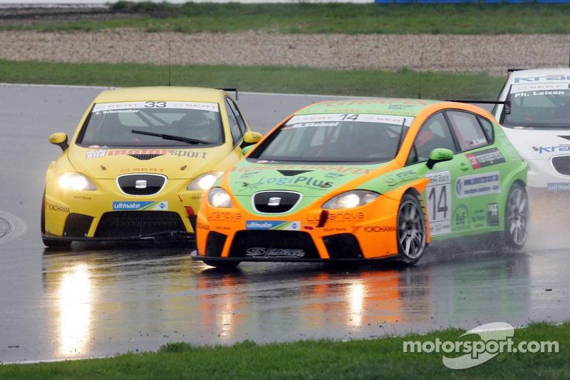 Seat Leon Supercopa: race action
