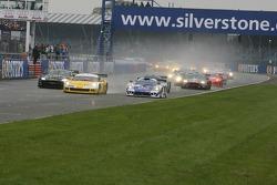 Start: #4 GLPK-Carsport Corvette C6R: Bert Longin, Anthony Kumpen, Mike Hezemans takes the lead