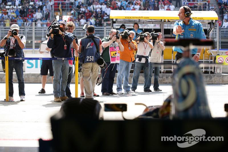 Fernando Alonso quitte le garage