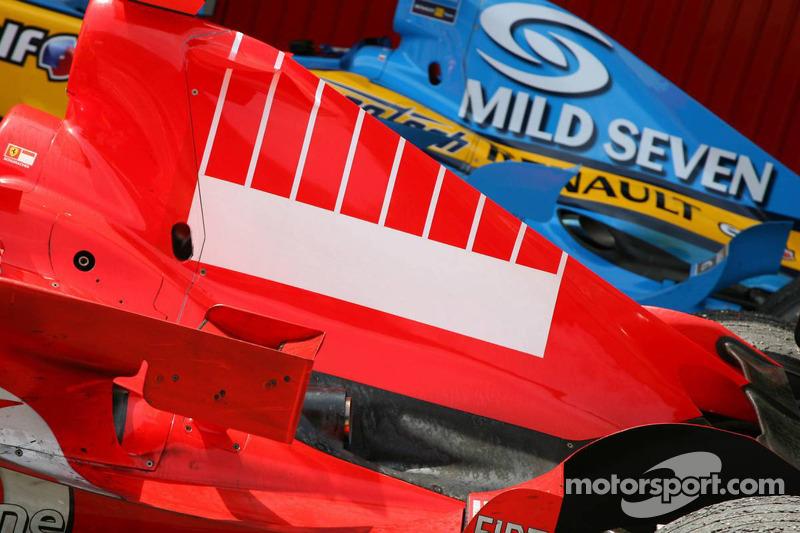 Le capot moteur de Michael Schumacher après la course