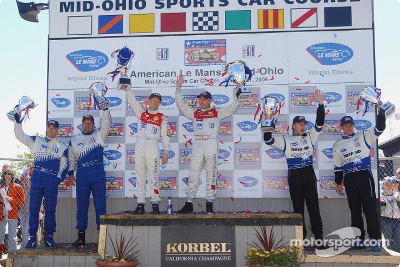 Podium LMP1: Allan McNish et Rinaldo Capello, les deuxièmes James Weaver et Butch Leitzinger, les troisièmes Chris McMurry et Michael Lewis