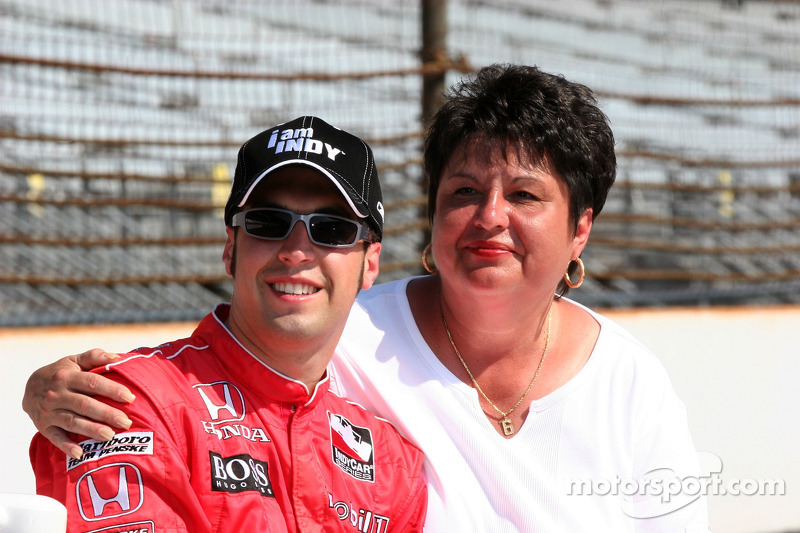 Sam Hornish et sa mère