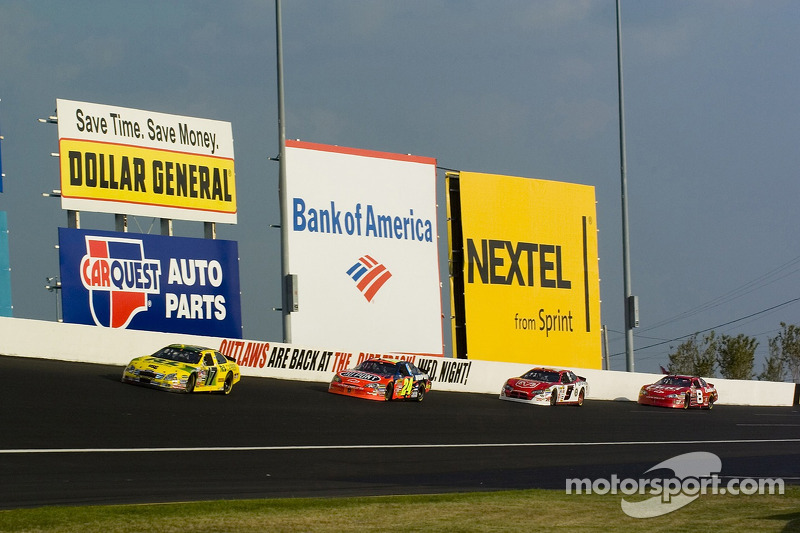 Matt Kenseth, Jeff Gordon, Kasey Kahne et Dale Earnhardt Jr.