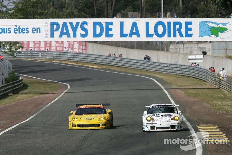 #63 Corvette Racing Corvette C6-R: Ron Fellows, Johnny O'Connell, Max Papis, #98 Noel Del Bello Racing Porsche 996 GT3 RSR: Patrick Bourdais, Tom Cloet, Adam Sharpe