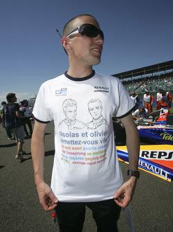 Les t-shirt de Will Buxton pour Olivier Pla et Nicolas Lapierre