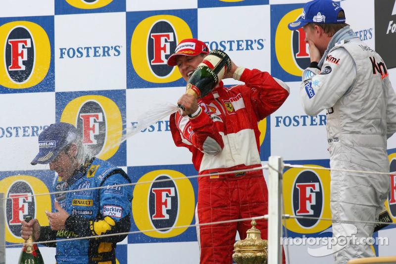 Podio de F1 en Silverstone 2006: 1. Fernando Alonso, 2. Michael Schumacher, 3. Kimi Räikkönen