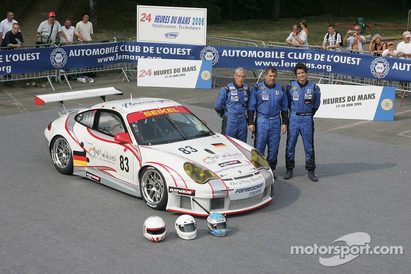 Pierre Ehret, Dominik Farnbacher, et Lars-Erik Nielsen avec la Seikel Motorsport Porsche 911 GT3 RSR