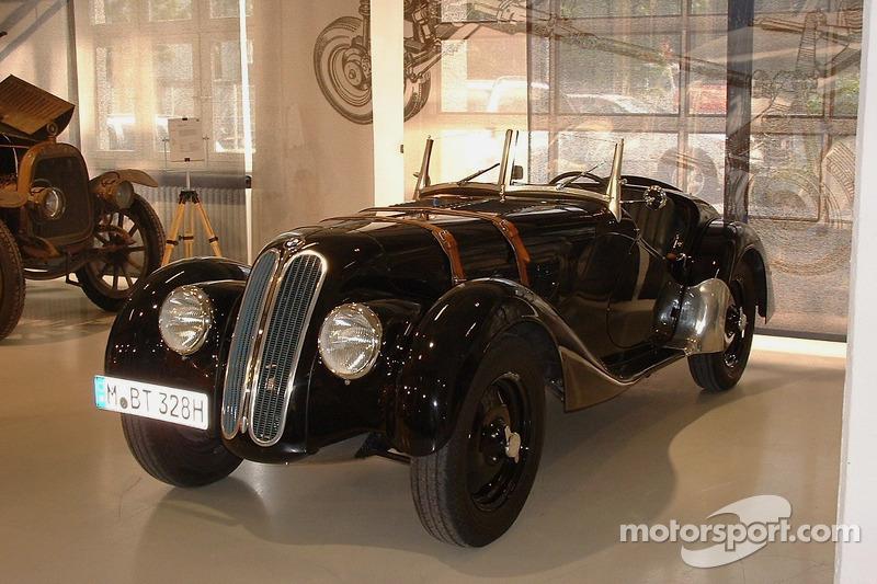 Une BMW d'époque