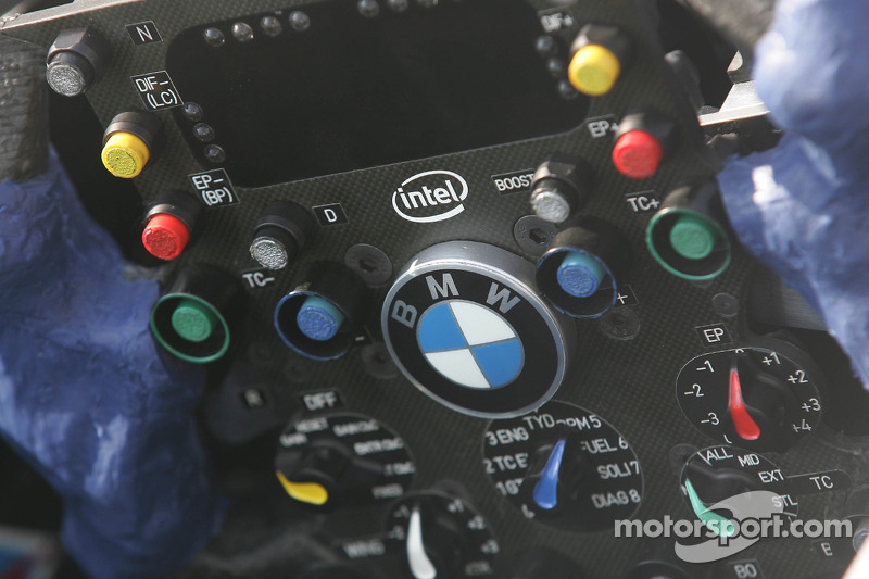 Le volant de la BMW-Sauber F1