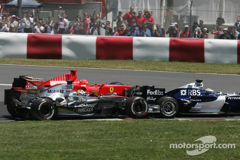 Départ: Juan Pablo Montoya, Nico Rosberg et Michael Schumacher