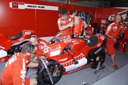 Ducati pitbox