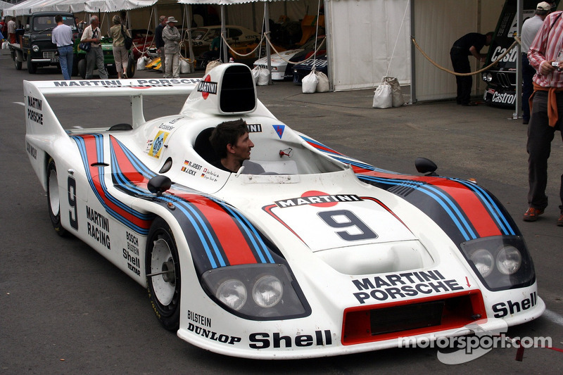 Grille 6 #9 Porsche 936 1977