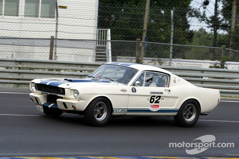 #62 Ford Shelby 350 GT 1965