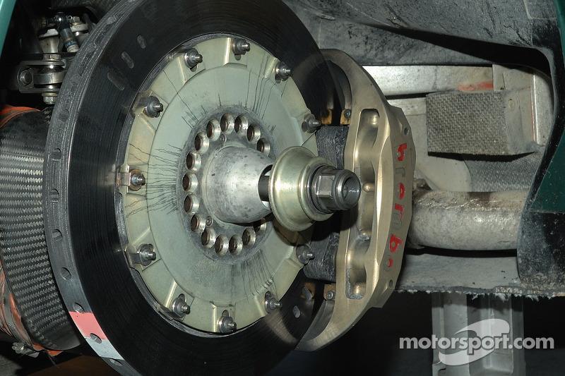Détail du frein de l'Aston Martin DB9