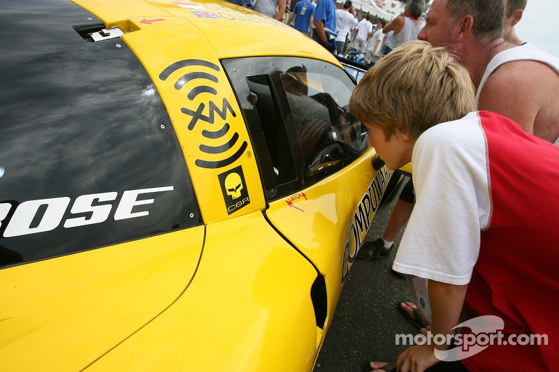 Un jeu fan examine la Corvette Racing Corvette C6-R