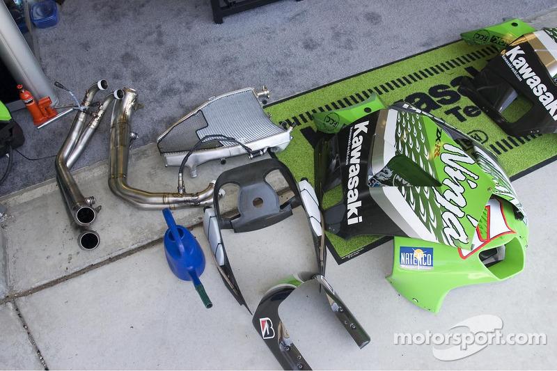 Piezas de la máquina de MotoGP de Kawasaki
