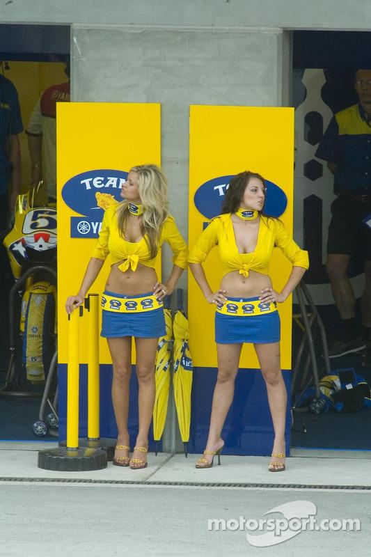 Chicas Yamaha
