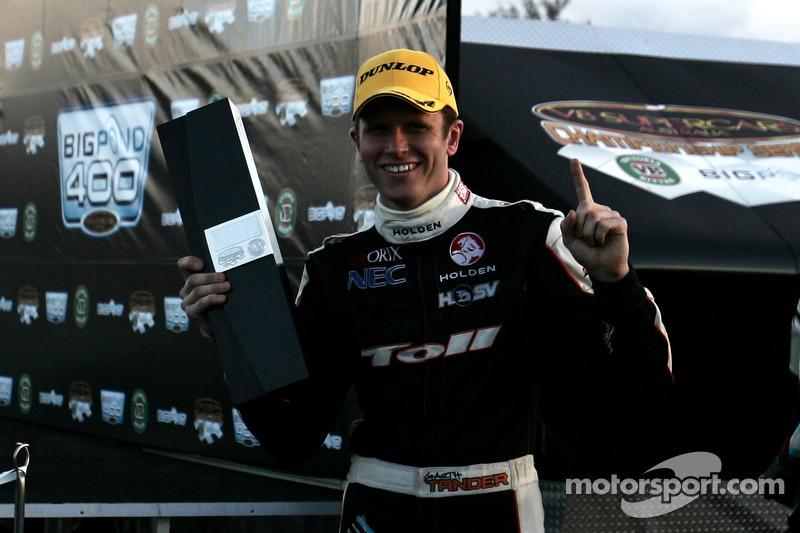 Garth Tander gagne la 2006 Bigpond 400