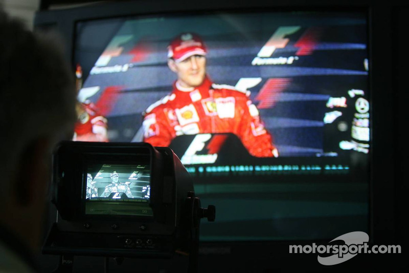 Conferencia de prensa: el ganador de la carrera, Michael Schumacher