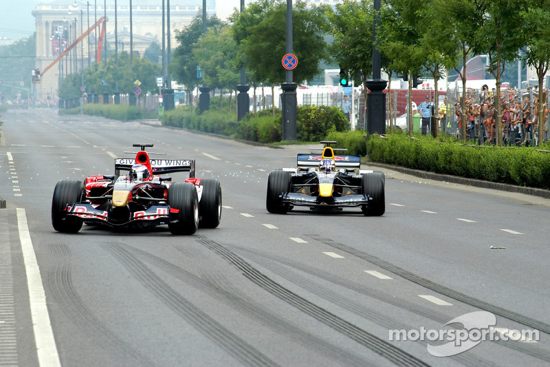 Red Bull Show Run Budapest: Neel Jani y Robert Doornbos