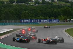Start: Ralf Schumacher, Fernando Alonso and Nick Heidfeld