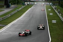 Kimi Raikkonen leads Rubens Barrichello
