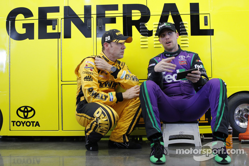 Метт Кенсет, Joe Gibbs Racing Toyota та Денні Хемлін, Joe Gibbs Racing Toyota