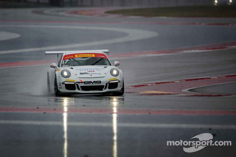 #17 Global Motorsports Group, Porsche 911 GT3 Cup: Alec Udell