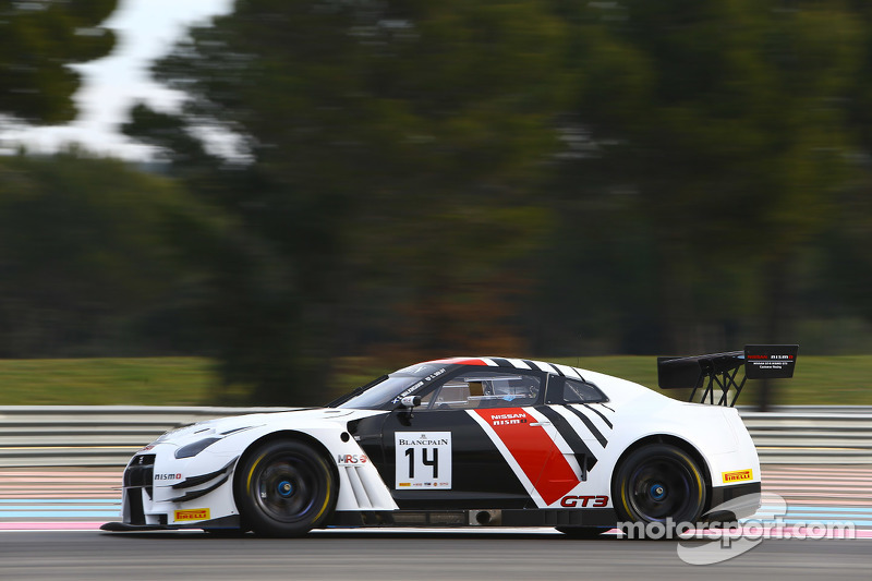 #14 MRS GT Racing, Nissan GT-R Nismo GT3: Sean Walkinshaw, Craig Dolby