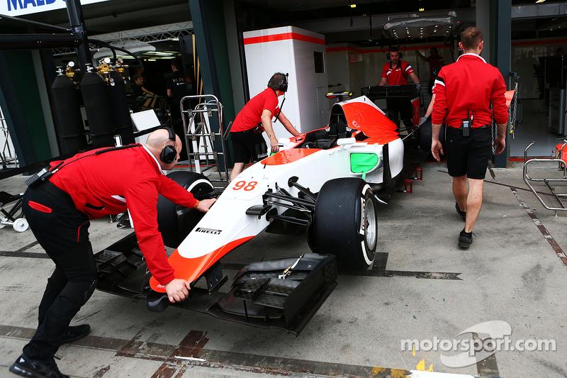 Manor Marussia F1 Team на піт-лейні