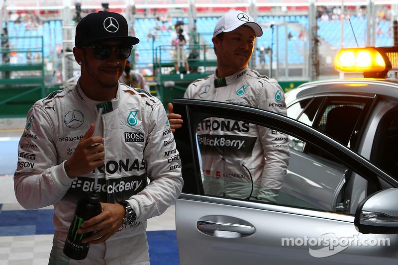 Pole-Position: 1. Lewis Hamilton, Mercedes AMG F1 W06, und 2. Nico Rosberg, Mercedes AMG F1
