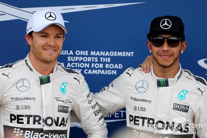 2. Nico Rosberg, Mercedes AMG F1 Team, und 1. Lewis Hamilton, Mercedes AMG F1 Team