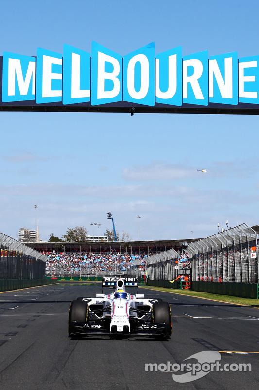 Felipe Massa, Williams FW37 on the grid