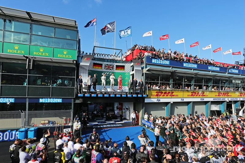 Podium: 2. Nico Rosberg, Mercedes AMG F1, 1. Lewis Hamilton, Mercedes AMG F1, und 3. Sebastian Vettel, Ferrari