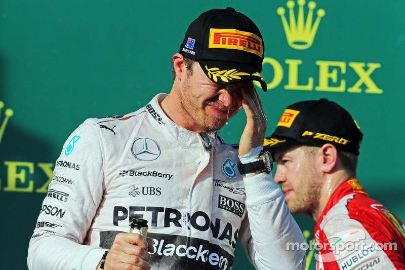 Nico Rosberg, Mercedes AMG F1, feiert seinen zweiten Platz auf dem Podium