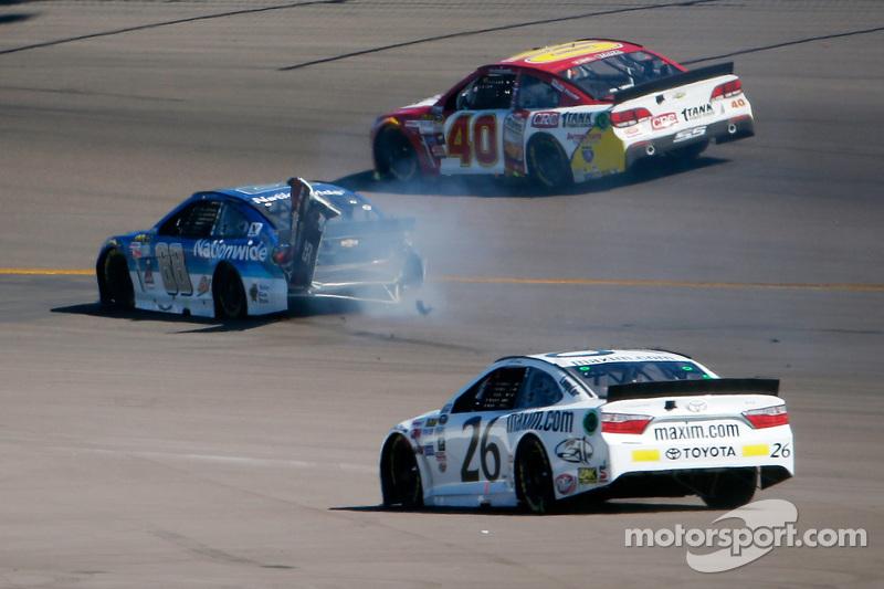 Dale Earnhardt Jr., Hendrick Motorsports Chevrolet dalam masalah