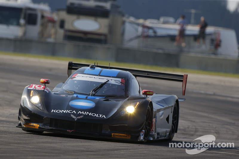 #10 Wayne Taylor Racing Corvette DP: Ricky Taylor, Jordan Taylor, Max Angelelli