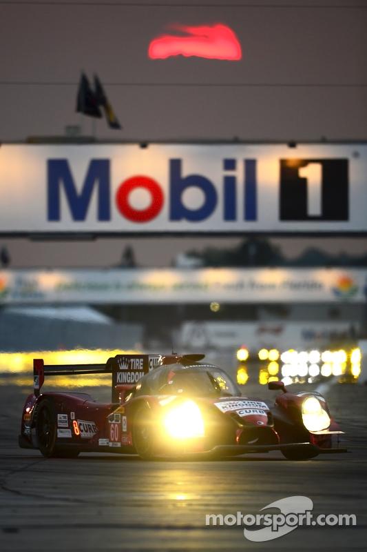 #60 Michael Shank Racing和Curb/Agajanian Ligier JS P2 本田: John Pew, Oswaldo Negri, Justin Wilson