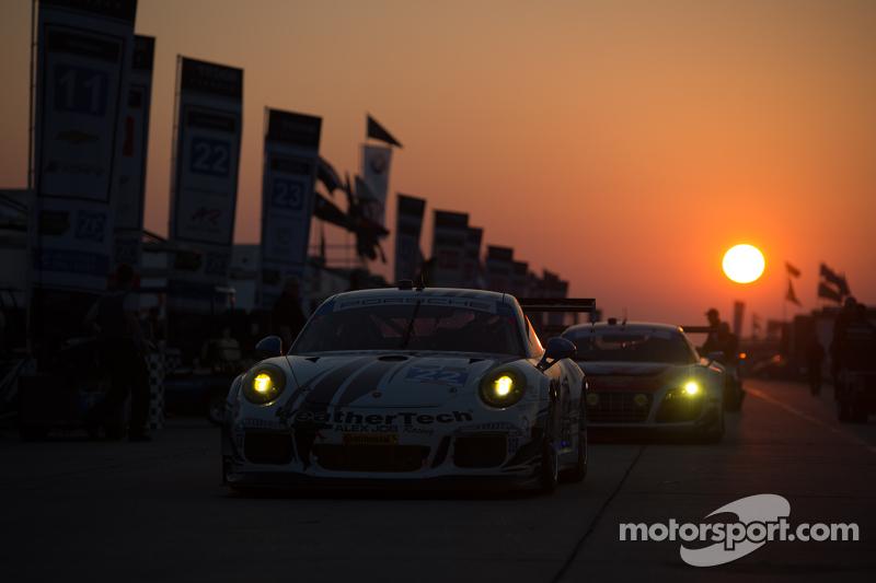 #22 Alex Job Racing Porsche 911 GT America: Cooper MacNeil, Leh Keen, Andrew Davis