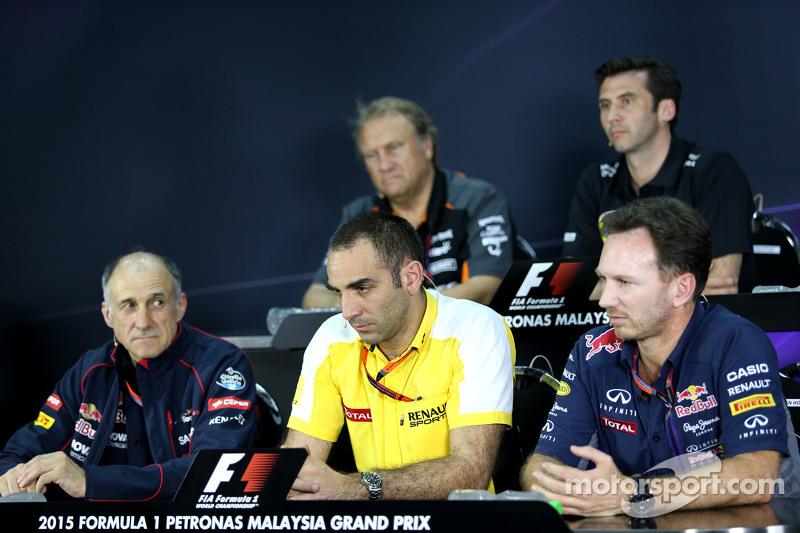 Cyril Abiteboul, Geschäftsführer Renault Sport F1, und Christian Horner, Sportdirektor Red Bull Racing