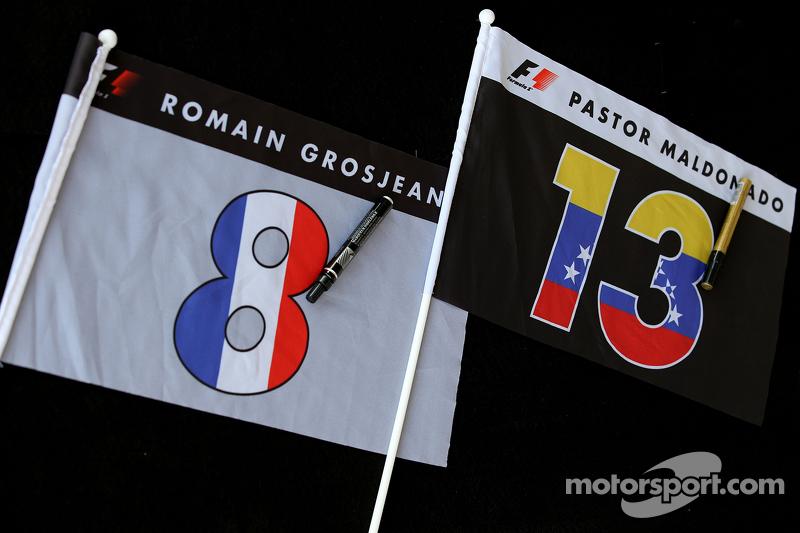 Romain Grosjean, Lotus F1 Team and Pastor Maldonado, Lotus F1 Team