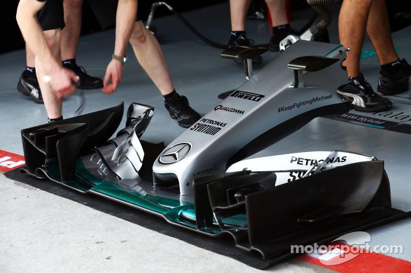 Mercedes AMG F1 W06, Frontflügel