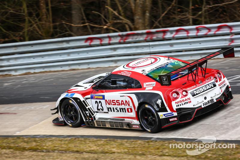 #23 Nissan GT Academy Team RJN, Nissan GT-R Nismo GT3: Kazuki Hoshino, Jann Mardenborough