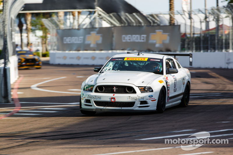 #87 DWW Motorsports Ford Mustang: Spencer Pumpelly
