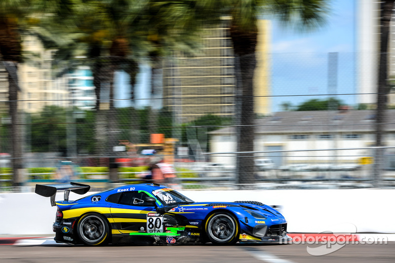 #80 Lone Star Racing SRT Viper GT3R: Dan Knox
