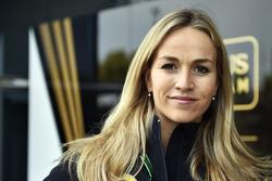 Кармен Хорда, пилот-испытатель Lotus F1 Team
