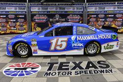 Clint Bowyer, Michael Waltrip Racing Toyota dalam sponsor livery baru Maxwell House